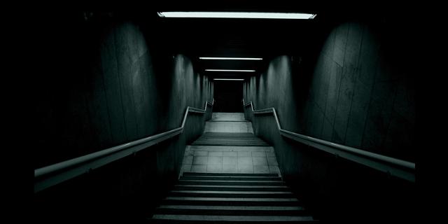 karanliktan-uzak-durun